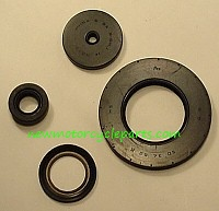 Suzuki GSX Oil Cooled models Engine Oil Seal kit